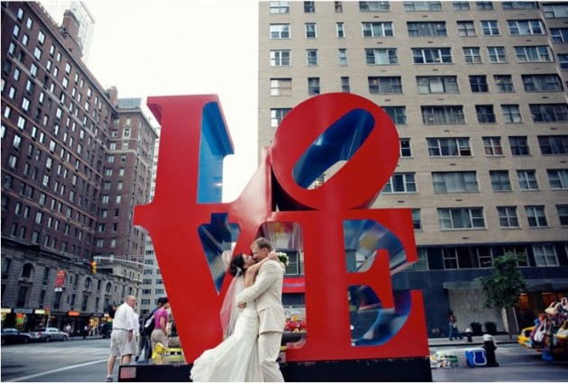 love-sculpture-robert-indiana1-630x425